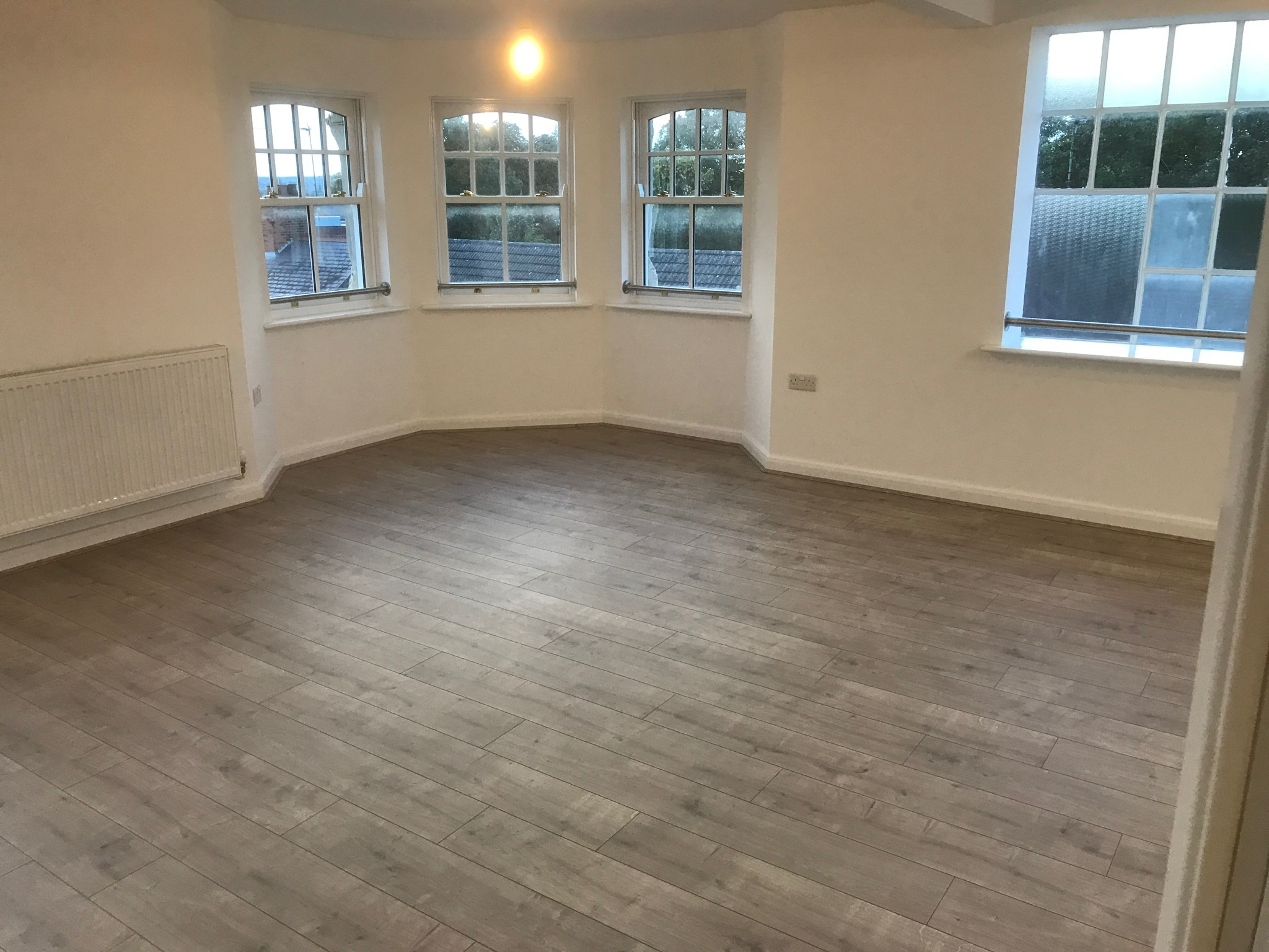 Laminate Flooring - Rushden
